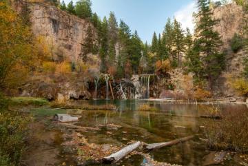 Hanging Lake in Fall || Colorado