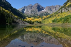Maroon Bells Reflected in Fall || Colorado