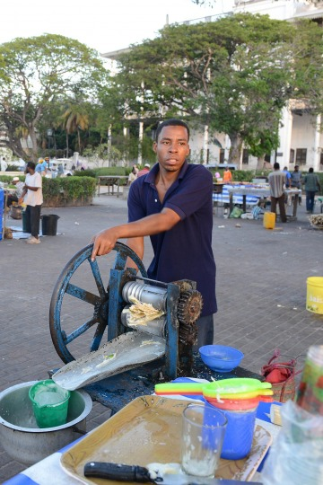 Zanzibari Pressed Sugarcane || Stone Town, Zanzibar