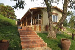 Nkuringo Bwindi Gorilla Lodge || Nkuringo, Uganda