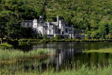 Kylemore Abbey || County Mayo
