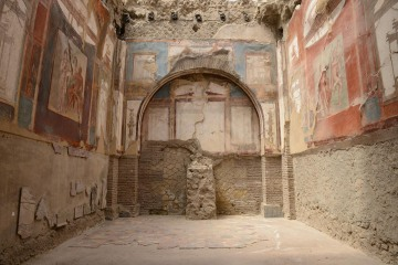 House of Neptune and Anfítrite || Herculaneum