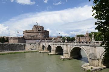 Ponte Sant Angelo || Rome