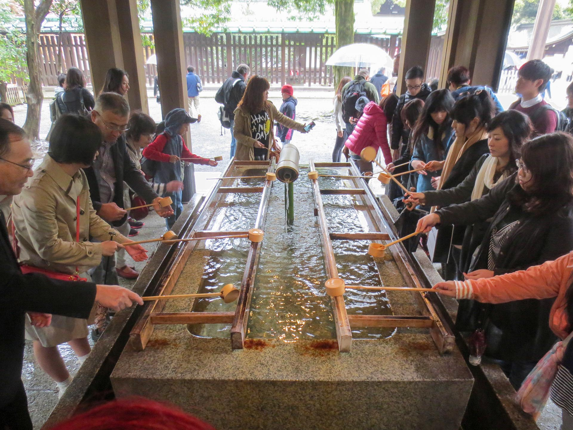Temizuya Cleansing Ritual at Meiji Shrine || Shibuya, Tokyo