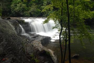Hooker Falls in Summer || North Carolina