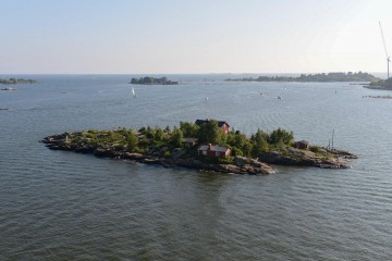 Small Island with Houses || Gulf of Finland