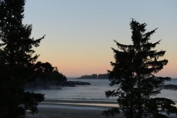 Sunrise on MacKenzie Beach || Tofino, BC, Canada