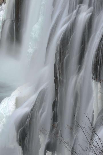 Upper Mesa Falls in Winter || Idaho