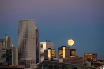 Moonrise over the City || Denver