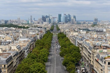 Financial District || Paris, France