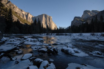 El Capitan Reflected in Frozen Merced River || Yosemite NP